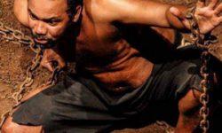 <i>25 de octubre</i><br><b>Um Punhado de Terra <br></b> Teatro Art'Imagem <br></b> TEATRO – CIRCUITO IBÉRICO DE ARTES ESCÉNICAS