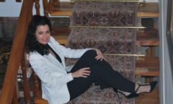<i> 27 de abril </i><br><b> La Vida en un Tango <br></b>Asun Guallar <br> RECITAL-CONCIERTO