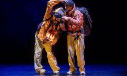 <i>22 y 23 de diciembre (18h) </i><br><b>HITO 人</b><br>Chey Jurado y Akira Yoshida <br><h5>DANZA INFANTIL – Circuito Red de Salas Alternativas/Ciclo Órbita Danza (Todos los públicos, a partir de 6 años)